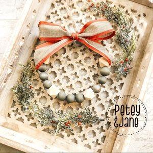 Other - { P E T E Y & J A N E } Handcrafted Mini Wreath